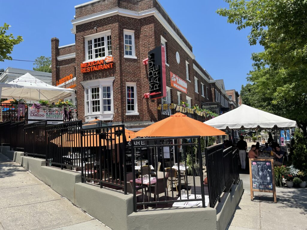 Medium Rare signs new 10 year lease in Cleveland Park